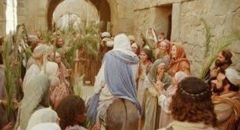 Jésus est acclamé par la foule