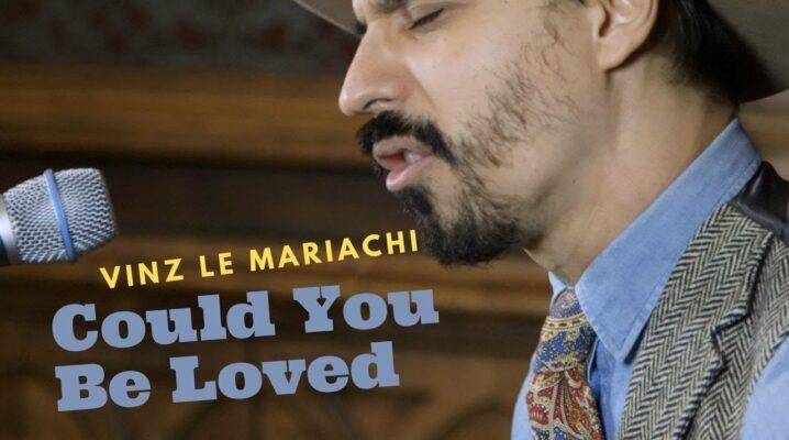 Vinz le Mariachi interprète sa version de «Could You Be Loved»